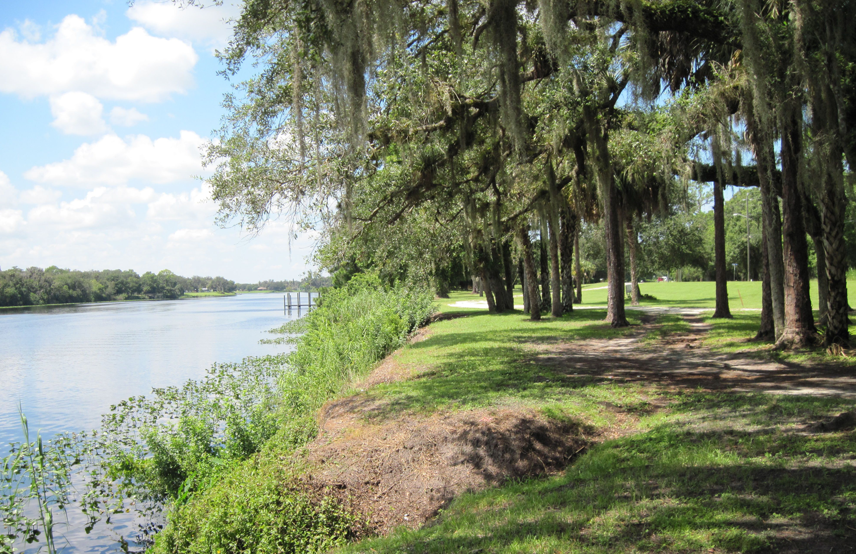 slideshow of the Caloosahatchee Riverbank in LaBelle, FL